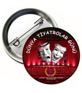 Dünya Tiyatrolar Günü Logolu Yaka Rozeti